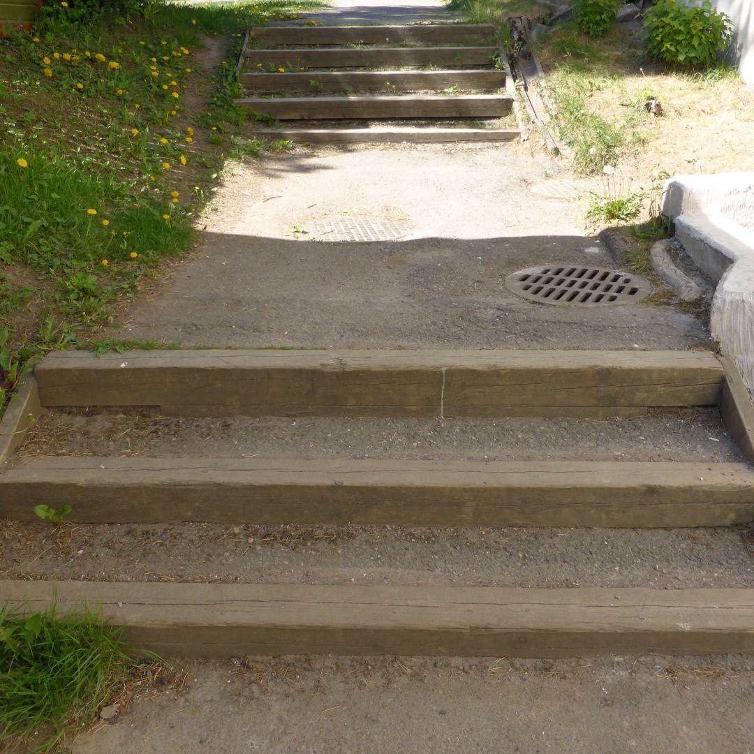 Parru + asfaltti portaat.